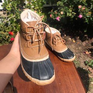 Jambu JBU Nala Duck Boot, Woman Size 8